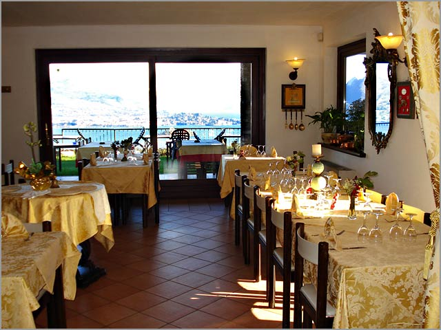 restaurant with terrace overlooking Stresa and Lake Maggiore