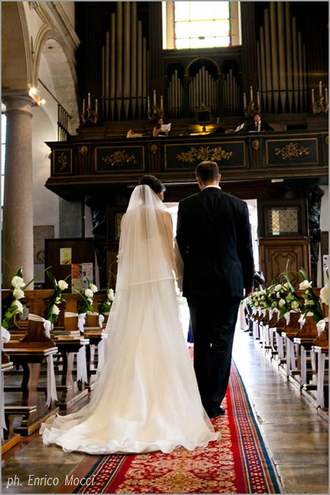 wedding ceremony in San Leonardo Church Pallanza Lake Maggiore