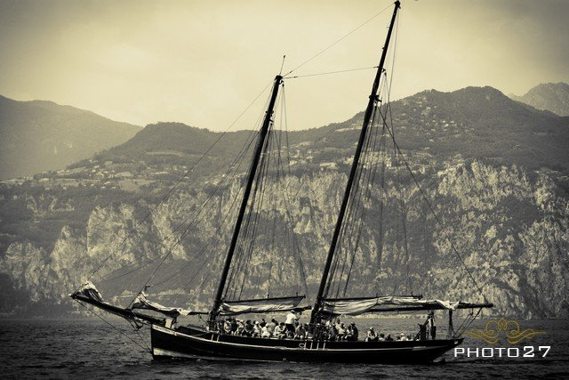 wedding on a historical sailing ship in Malcesine