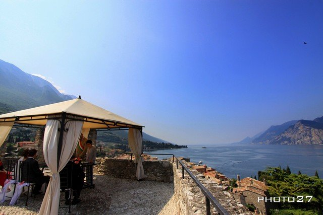 wedding in Malcesine to Scaligero Castle