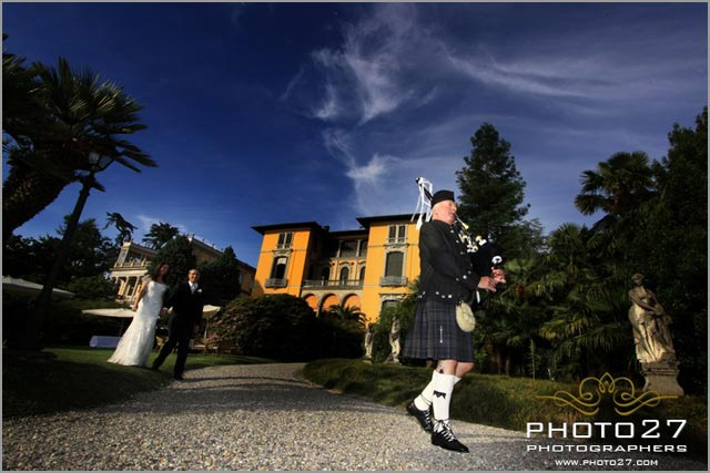 scottish bagpiper italian wedding