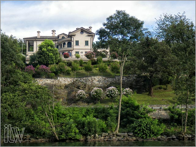 villa Ortea weddings on Lake Orta