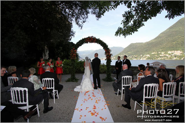 lake Como outdoor wedding ceremony in Cernobbio