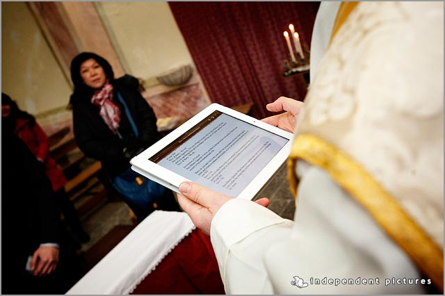 wedding ceremony with iPad
