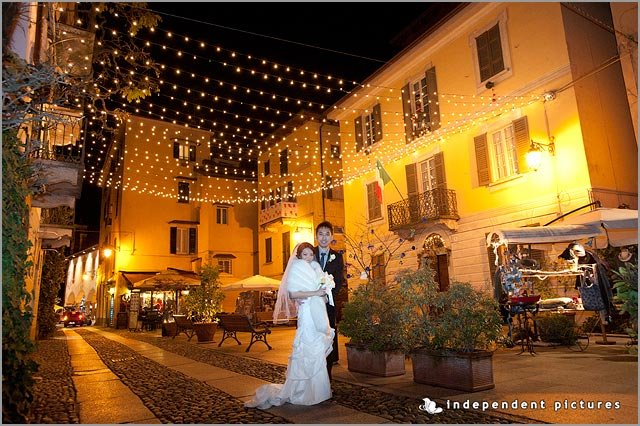 winter wedding on lake Orta