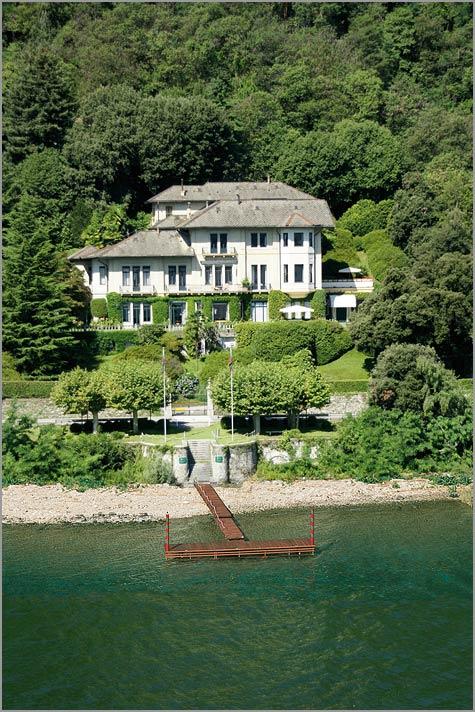 Villa Dal Pozzo weddings