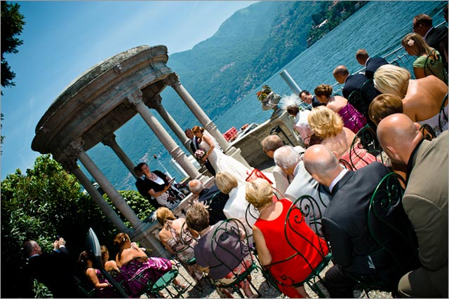 lake Como, wedding ceremony on the lake shores