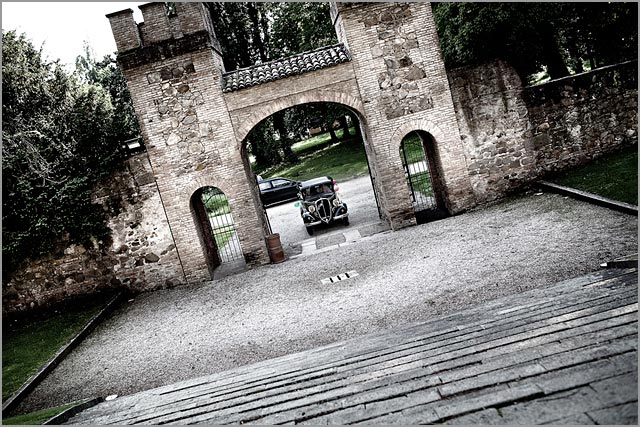 vintage wedding car hire on Lake Garda