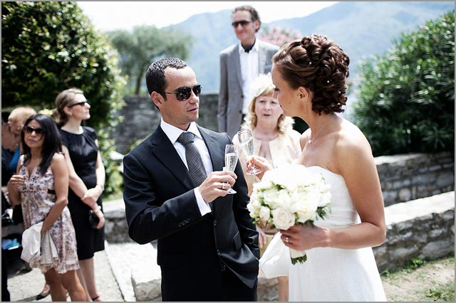 wedding toast with Prosecco and italian fingerfood on Lake Como