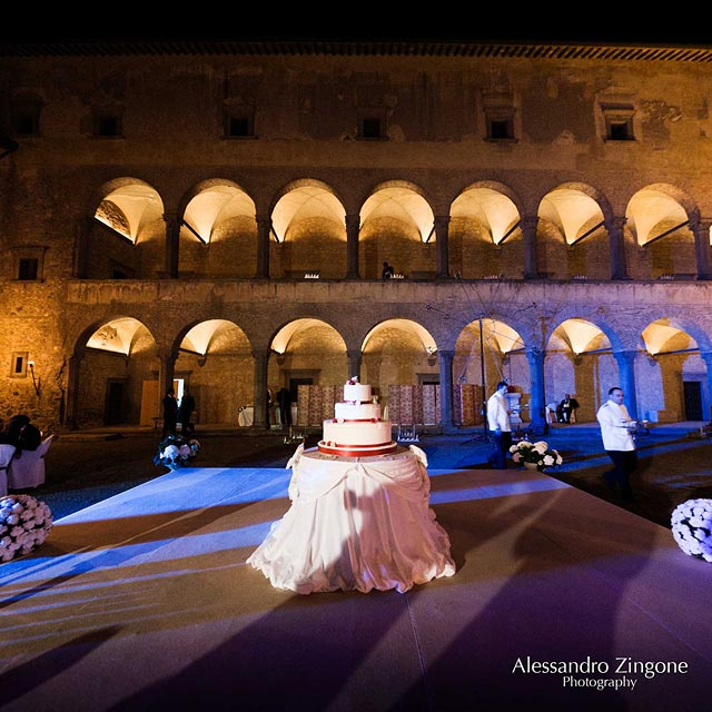 wedding cake at the Odescalchi Castle