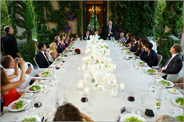 outdoor wedding dinner in Villa Balbianello
