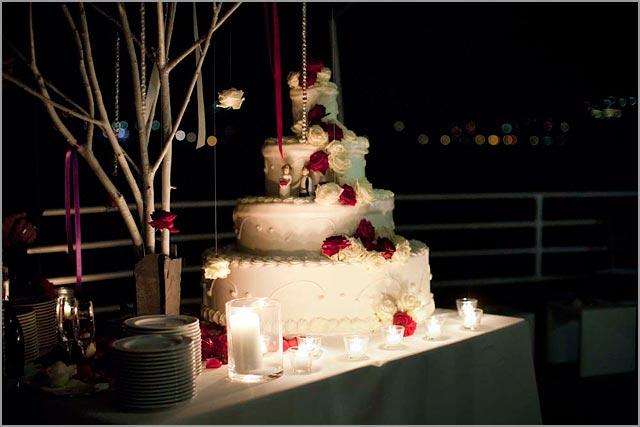 american wedding cake at Villa del Balbianello