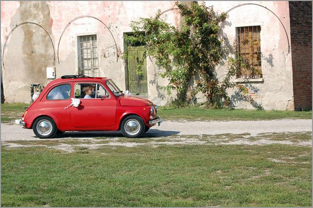 Fiat 500 rental for weddings in Mantua