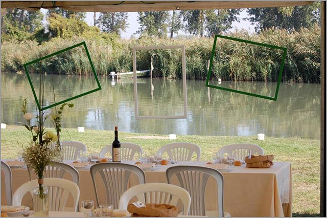 ECOFRIENDLY WEDDING ALONG THE RIVER IN MANTOVA