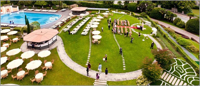 outdoor wedding at Grand Hotel Bristol in Stresa