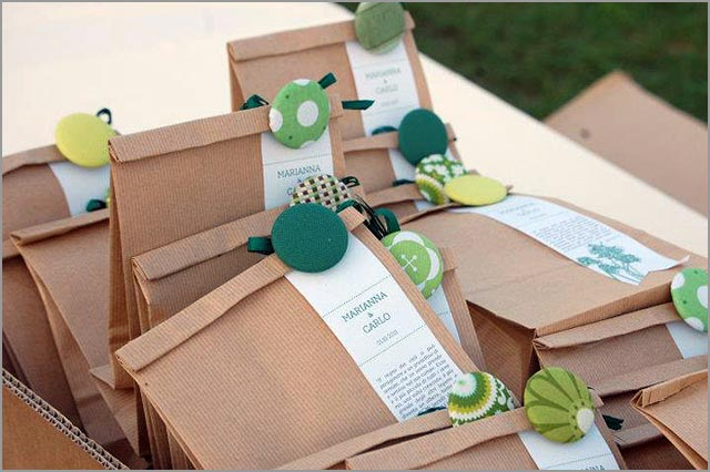 Green themed wedding in Italy
