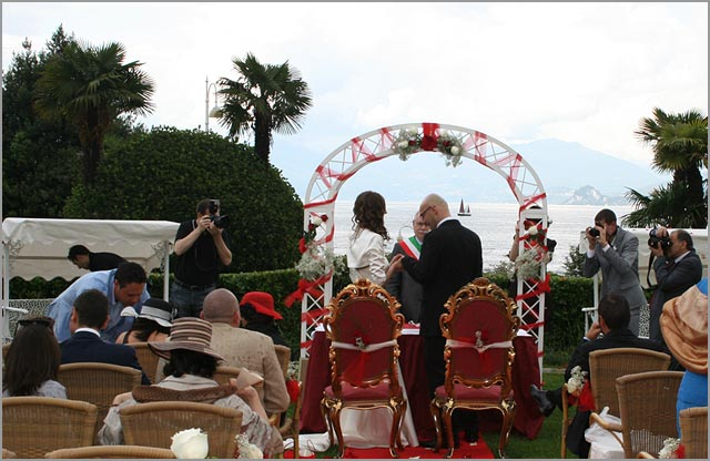 wedding ceremony at Grand Hotel Bristol in Stresa