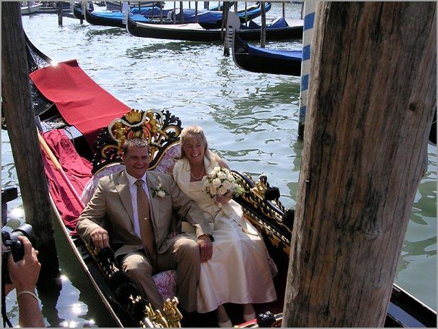 Hochzeit Venedig-Gondel in Italien