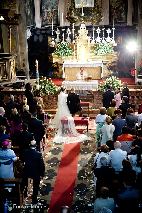 02_florist-Assunta-church-wedding-in-Orta