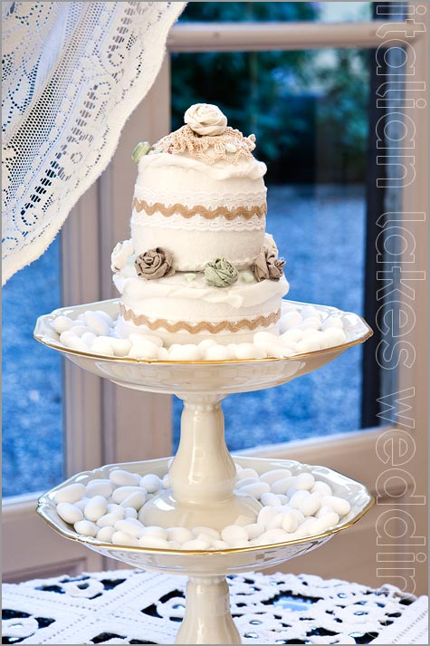 Wedding Cake for sugared almonds in Italy