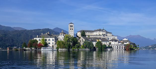 boat-rental-wedding-lake-Orta