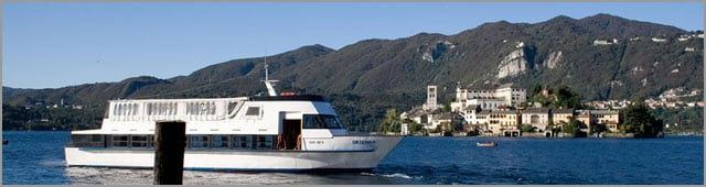 boats hire wedding on Lake Orta