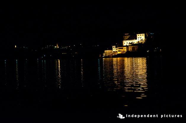 30ip_intimate-wedding-lake-orta