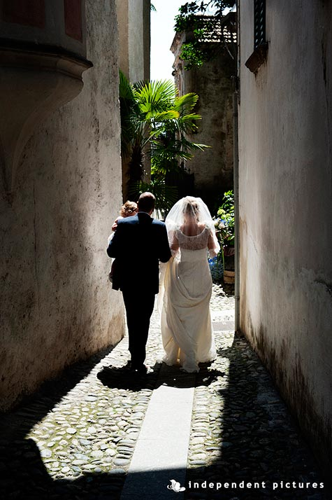 02-Wedding-on-Pescatori-Island-Lake-Maggiore