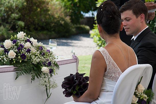 black-callas-bridal-bouquet