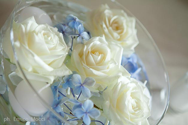 floating-flowers-wedding-centerpiece