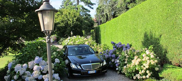 GC Car Rental: elegance and style for your lakeside wedding