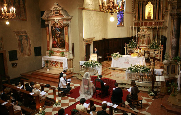 wedding-ceremony-church-of-Sirmione-lake-Garda