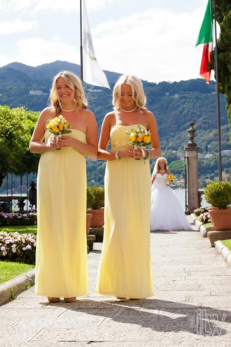 yellow-themed-wedding-in-Italy