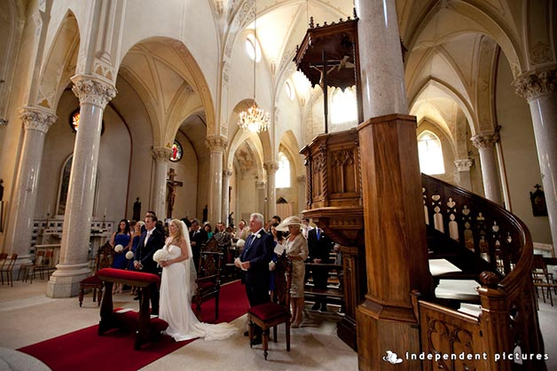 03_wedding-ceremony-at-Carciano-Church-in-Stresa