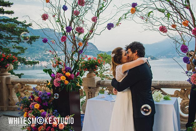 symbolic-wedding-at-Villa-Balbianello