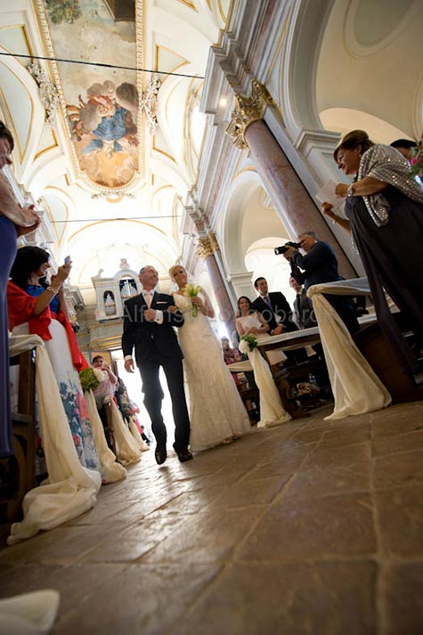 01_church-wedding-lake-Bracciano-Rome