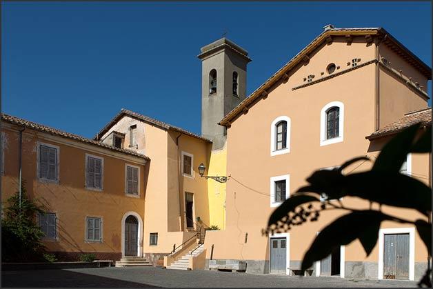 wedding at church of Santa Maria in Celsano