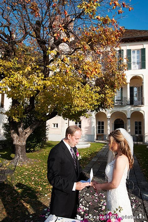 08_autumn-wedding-on-lake-Orta