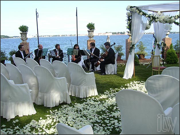 Jewish ceremony-in-Venice-by-Italian-Lakes-Wedding