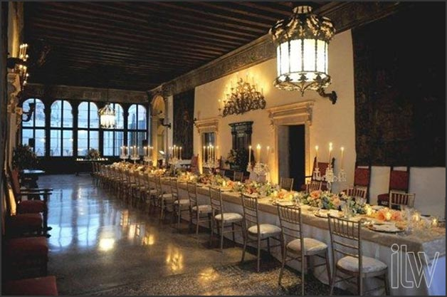 Traditional-Venetian-weddings-reception-by-Italian-Lakes-Wedding