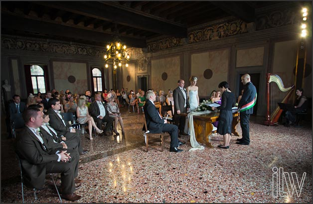 civil ceremony at Palazzo dei Capitani in Malcesine