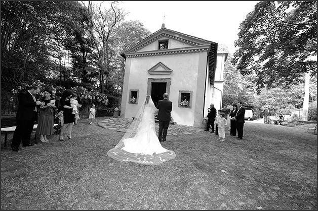 06_wedding-ceremony-at-Borgo-Le-Grazie-in-Bracciano