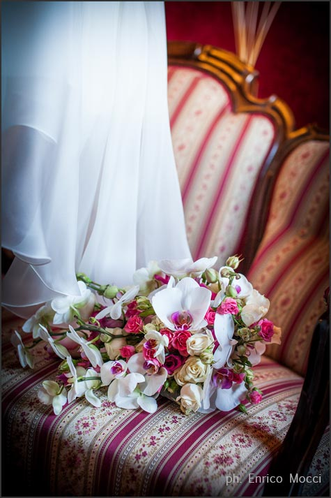 orchids bouquet lake Orta wedding