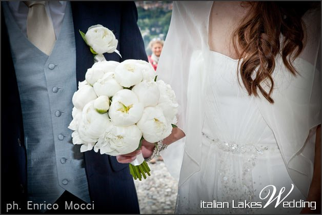 peonies-bridal-bouquet-Italy