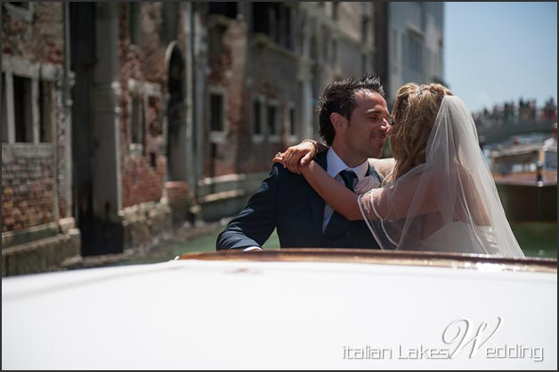 17_getting-married-in-Venice