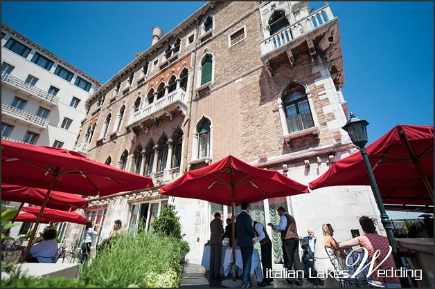21_getting-married-in-Venice