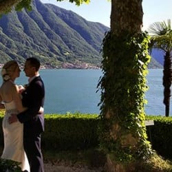 A sweet love story on Lake Como