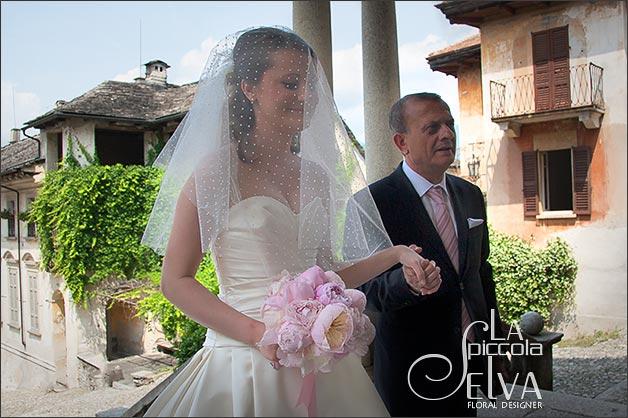 pink-peonies-bridal-bouquet