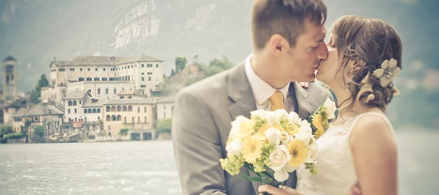 Engagement Session and Wonderful wedding on Lake Orta