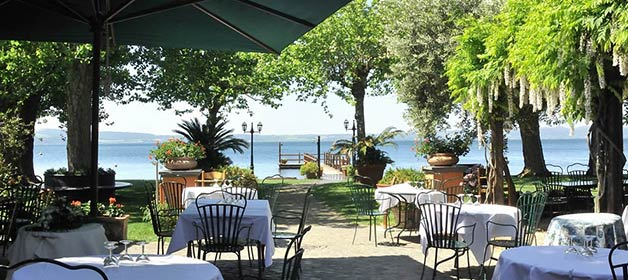 wedding-restaurant-on-the-shores-of-lake-bracciano